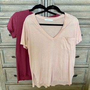 Lush V-Neck Pocket Tees 2 Included Small